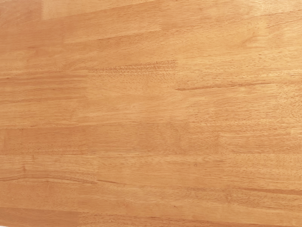 vzorek dřeva olše pro jídelní stoly a židle trochu do oranžovo žluté barvy