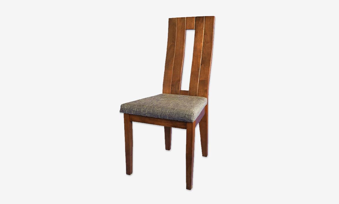 Dřevěná masivní jídelní židle EDITA v ořechovém provedení s látkou SH21
