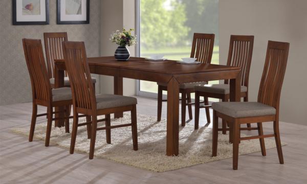 Jídelní sestava z masivního dřeva sestavená z rozkládacího stolu BRUNO a vysokých židlí LAURA v provedení ořech
